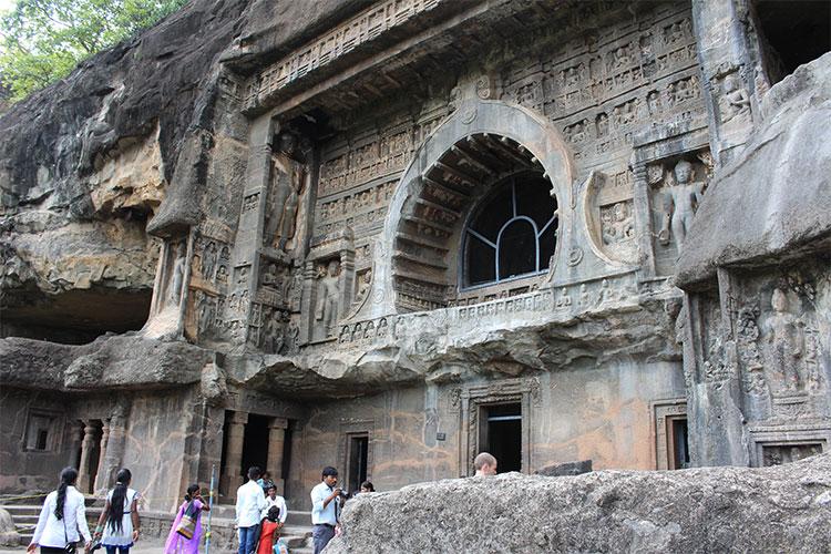 Cueva del templo