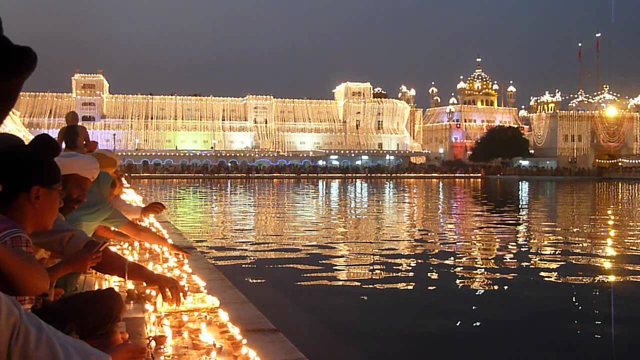 Celebración de Diwali en Amritsar