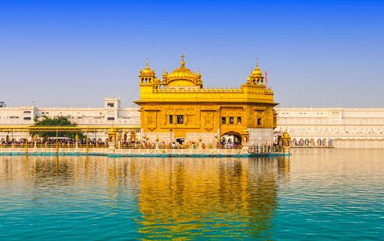templo-dorado-en-amritsar-con-olaviajes.jpg